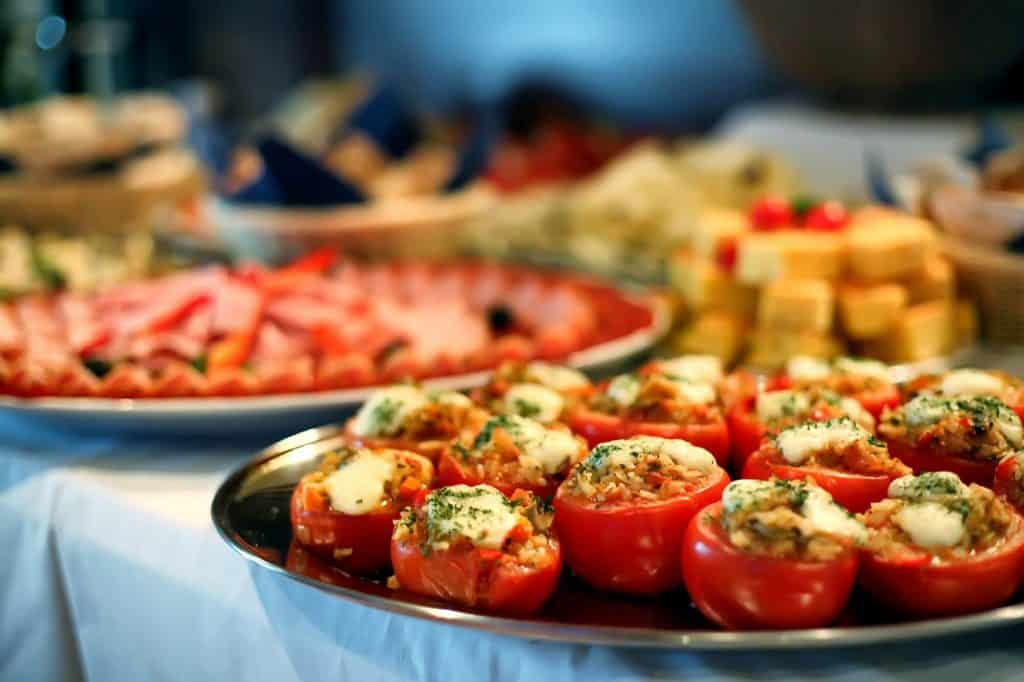Catering Services Marketing 1024x682 1